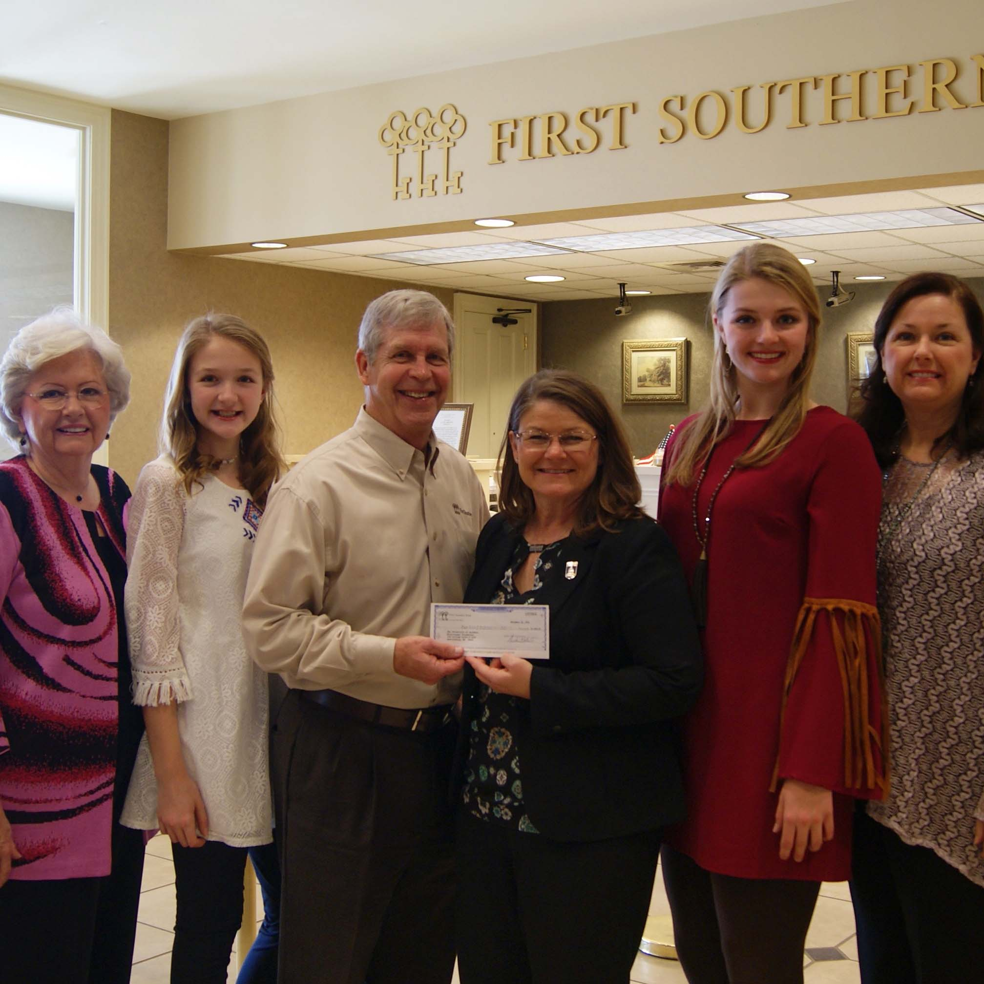 First Southern Bank Continues Commitment to Scholarship at Southern Miss