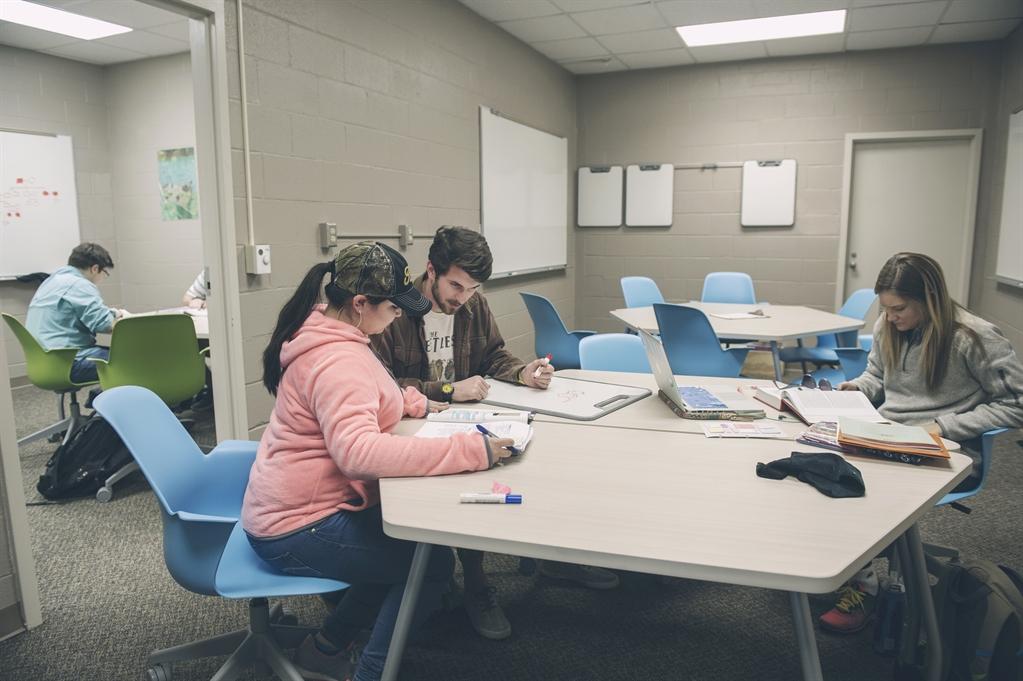 Usm Foundation Enabling Students To Excel In Stem